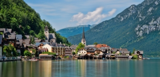 https://www.dubailinktours.com/sites/default/files/imagecache/node-gallery-display/1_hallstatt_austria.jpg